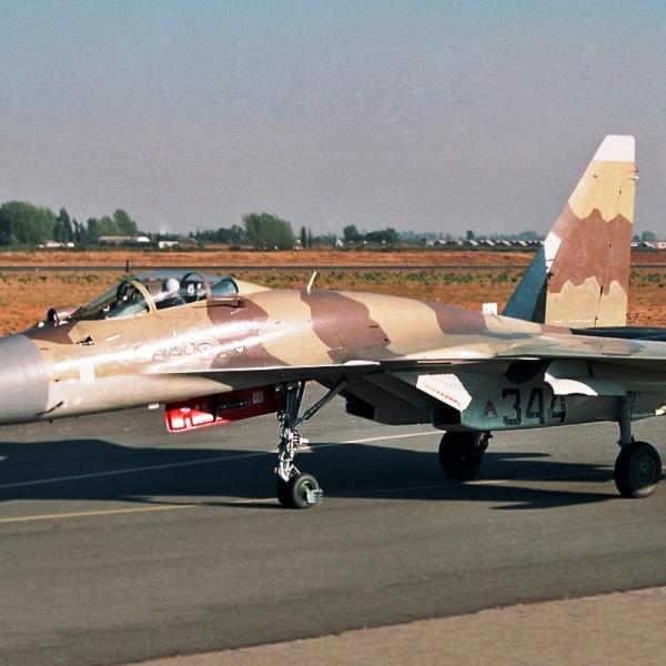 Sukhoi Su-37 Flanker-F Fighter Jet 3
