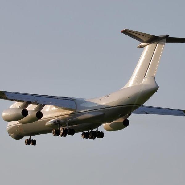 6.Ил-76МФ заходит на посадку.