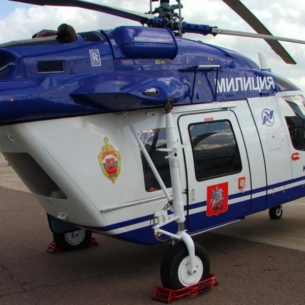 6.Ка-226 МВД России на стоянке.