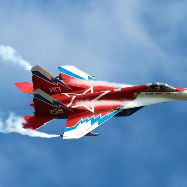 7.МиГ-29ОВТ бортовой № 156 в полете. 3