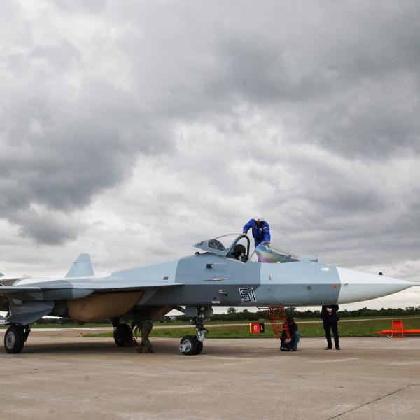7.ПАК ФА Т-50-1 борт № 51 в Раменском, 16-й полет самолета, 17.06.2010 г.