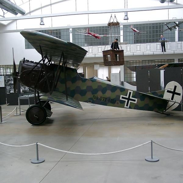 8.Fokker D.VII в авиамузее.