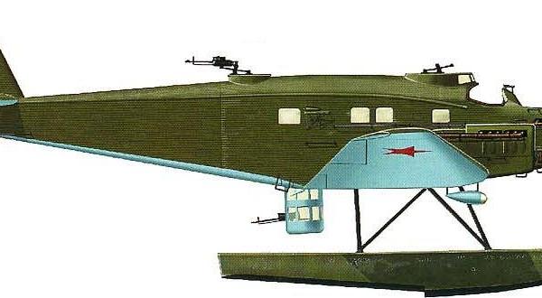 8а.Бомбардировщик ЮГ-1 на поплавках. Рисунок.
