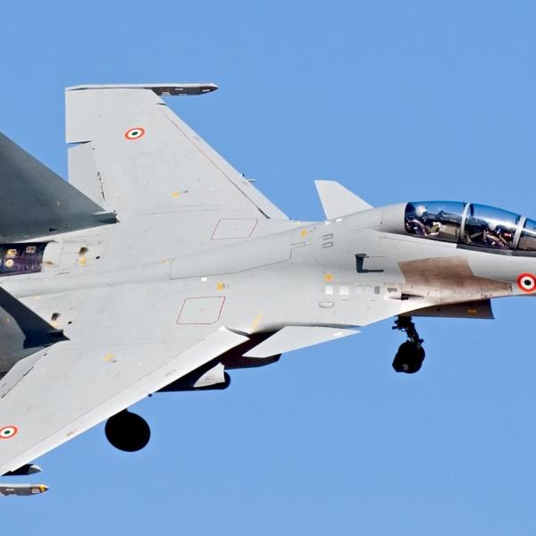 9.Су-30МКИ ВВС Индии заходит на посадку. 2
