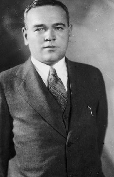 0.Владимир Михайлович Петляков.