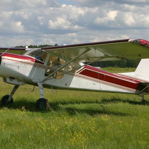 1.Легкий самолет Т-411 Аист.