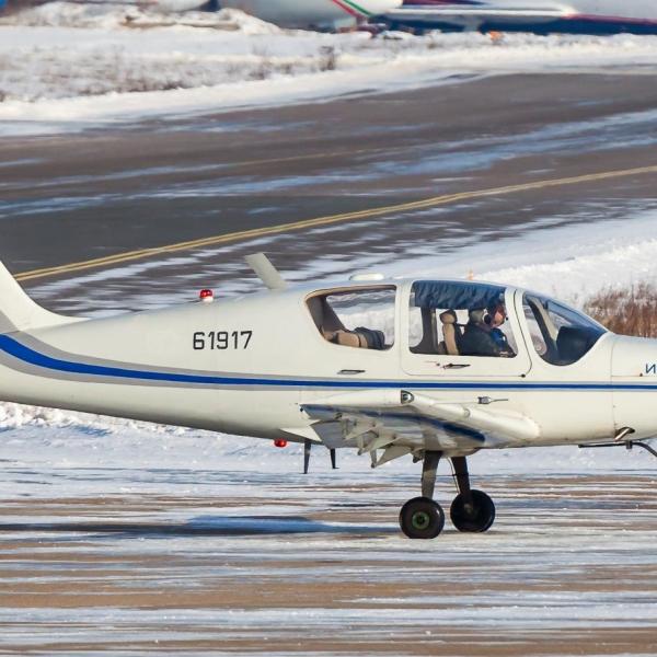 11.Ил-103 на аэродроме ЛИИ им. М.М.Громова. Февраль 2014 г.