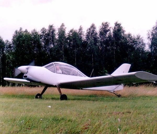 16.Спортивный одноместный вариант самолета Ястреб.