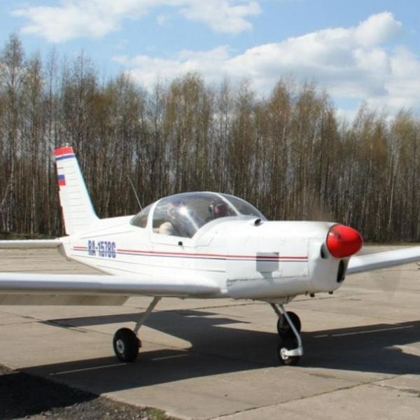 2.Дельфин-2 на рулежке. Кронштадт, аэродром Бычье поле.