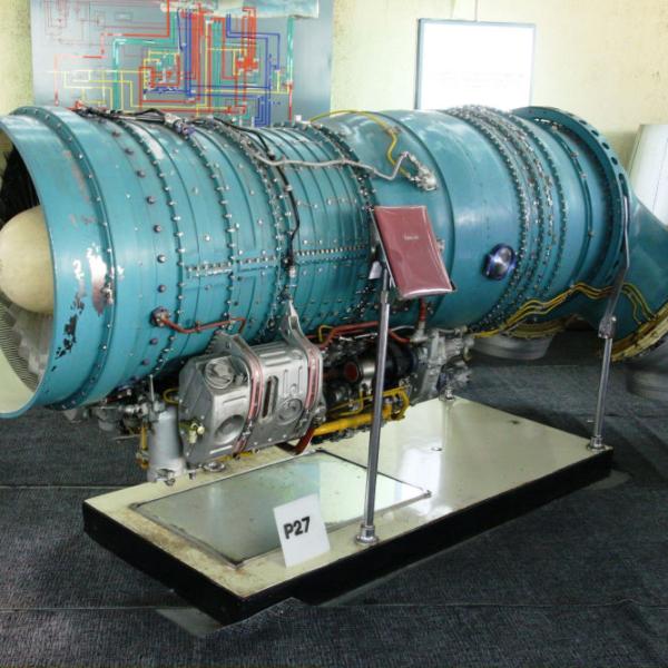 2.Двигатель Р-27В-300. Музей АМНТК Союз.