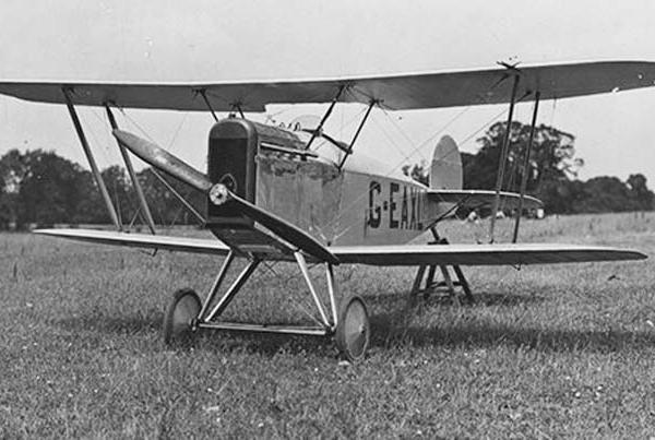 3.Avro 534C с уменьшенным крылом в Хэмбле. Июнь 1921 года.