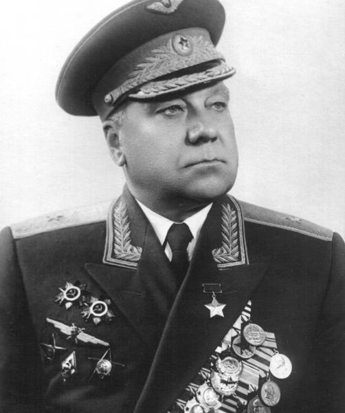 3.Генерал-майор А.В.Ляпидевский.