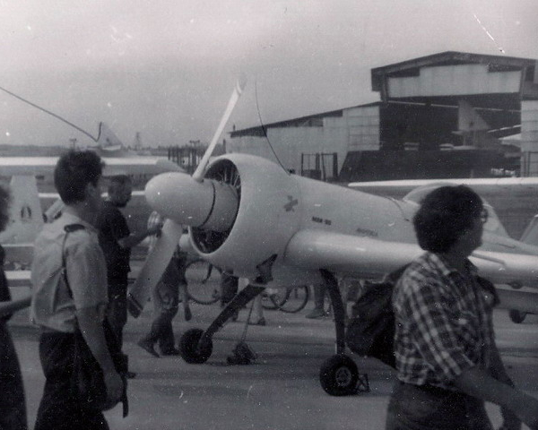3.Прототип самолета Авиатика-МАИ-900 на авиасалоне МАКС-1995.