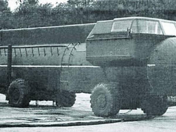 3.Вертолетная пусковая установка 9П116 (ЗИЛ-135В).