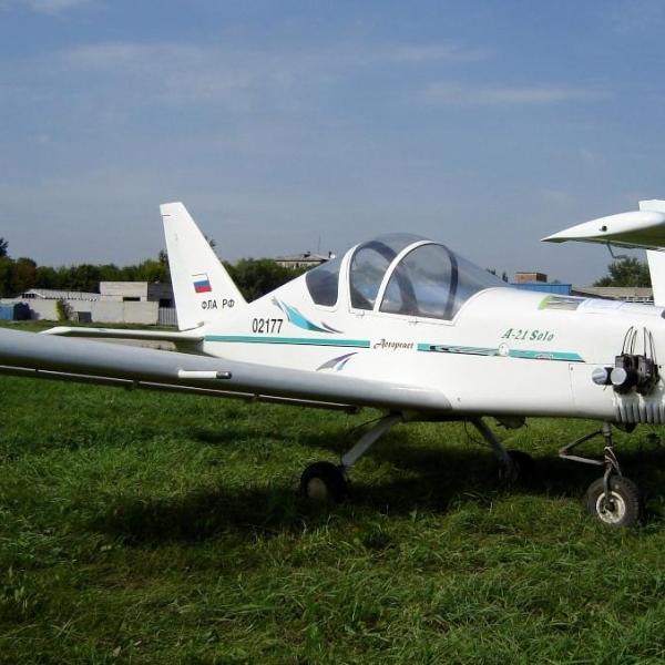 4.Легкий самолет А-21 Соло.