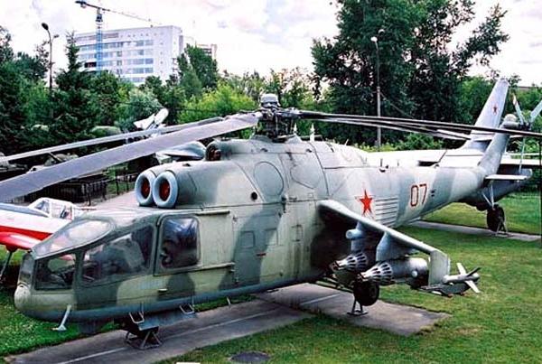 4.Вертолет Ми-24А с ПТУР Фаланга-М.