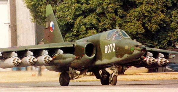 6.Су-25 ВВС Чехии с блоками Б-8М1.