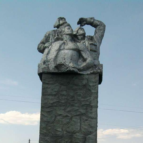 7.Памятник стратонавтам в селе Усыскино.