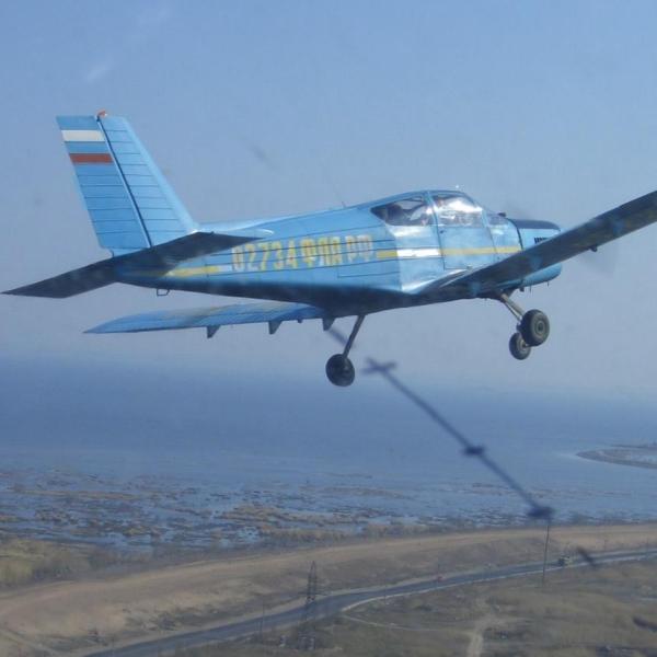 7.Самолет Дельфин-3 в полете.