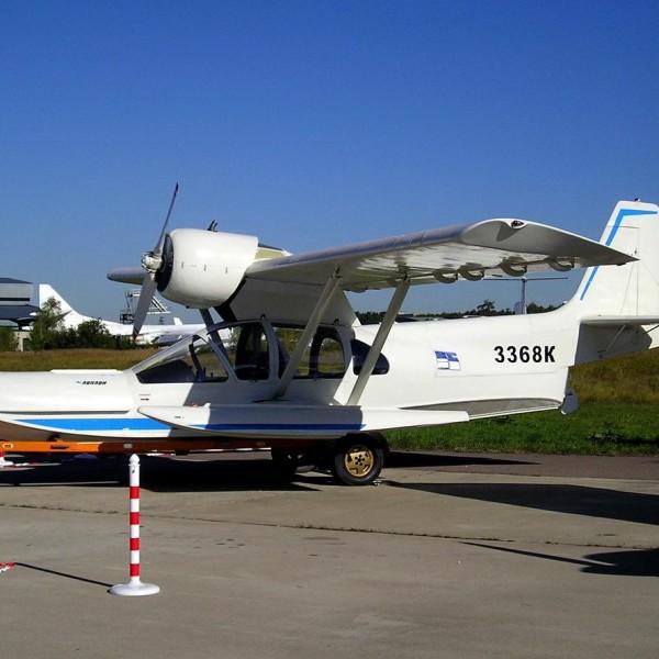 1.Легкий самолет-амфибия Л-471.