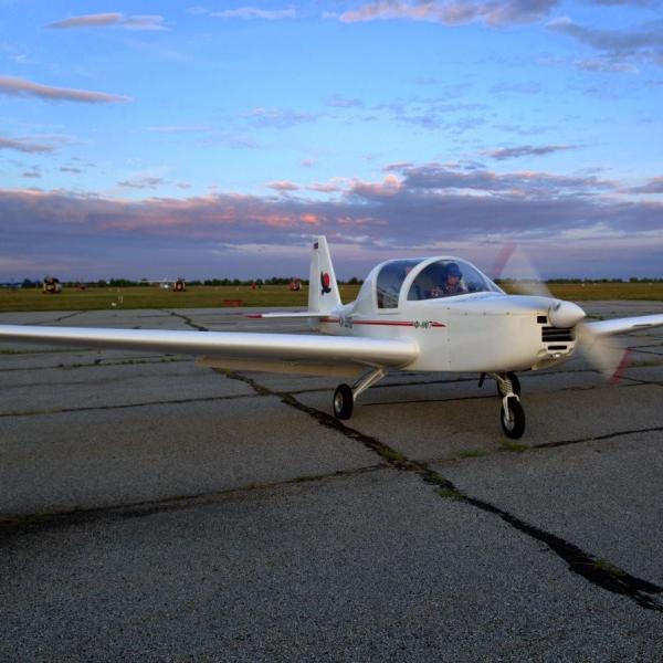 7а.Легкий самолет Ф-007.