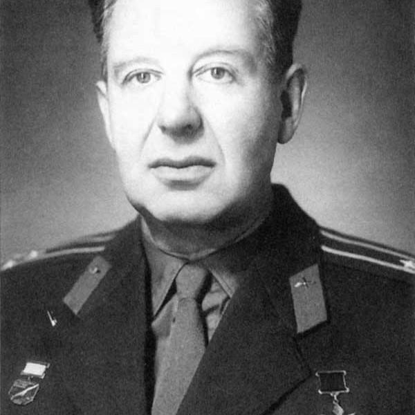 4.Герой СССР Галлай Марк Лазаревич