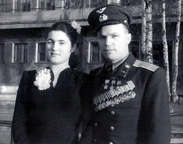 5.И.Н.Кожедуб с женой Вероникой.