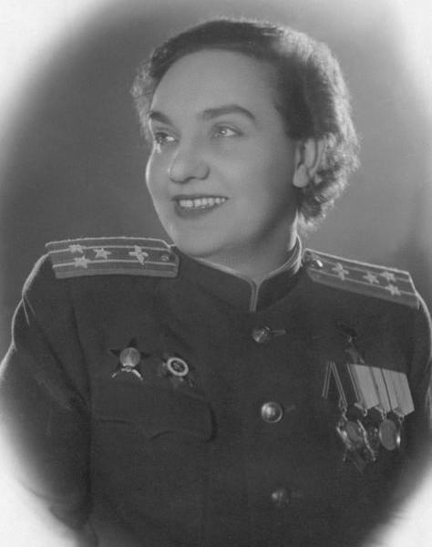 Гризодубова Валентина Степановна.