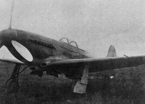 2.Истребитель Як-3ПД.