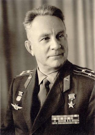Антипов Юрий Александрович