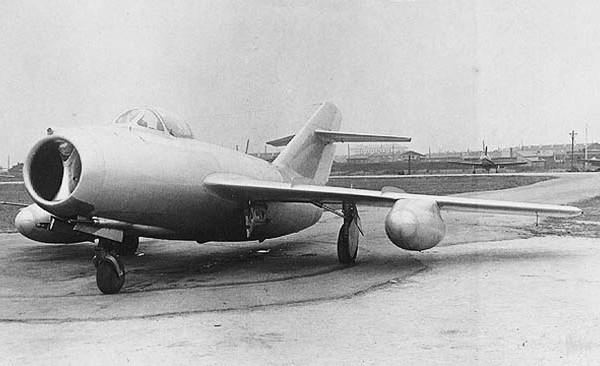 3.МиГ-15Рбис