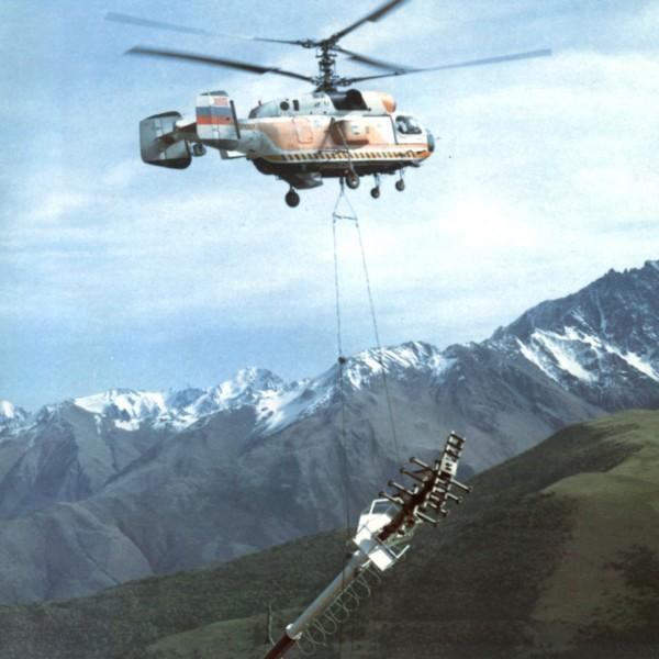Ка-32К с грузом на внешней подвеске.
