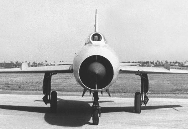 4.И-7У
