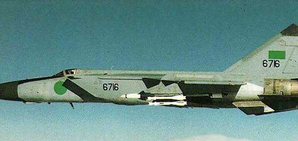 МиГ-25ПД ВВС Ливии.