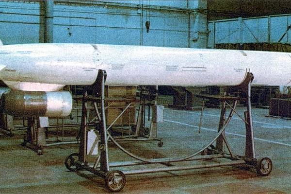 Х-55 в сборочном цеху ХАПО.