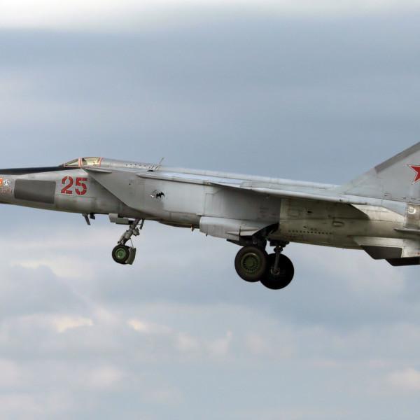 МиГ-25РБС на взлете.