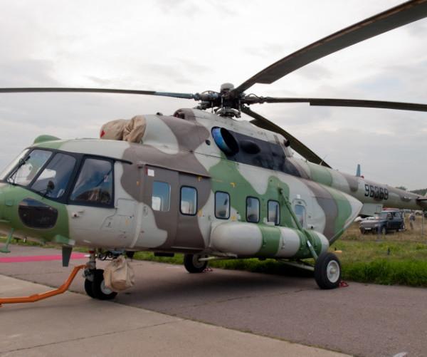 mi-17-1v-na-stoyanke