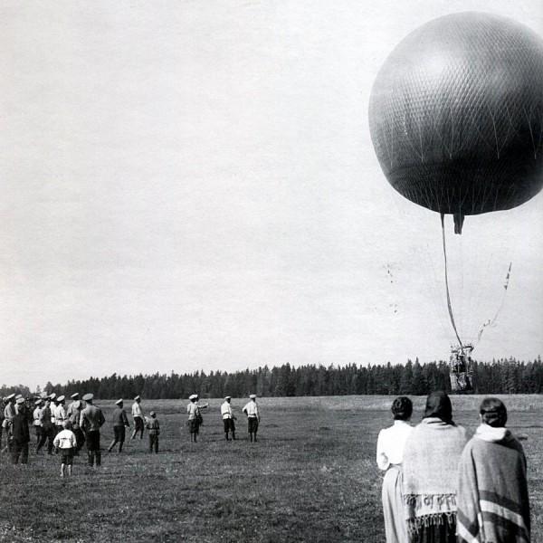 Запуск аэростата на Волковом поле. 1909 г.
